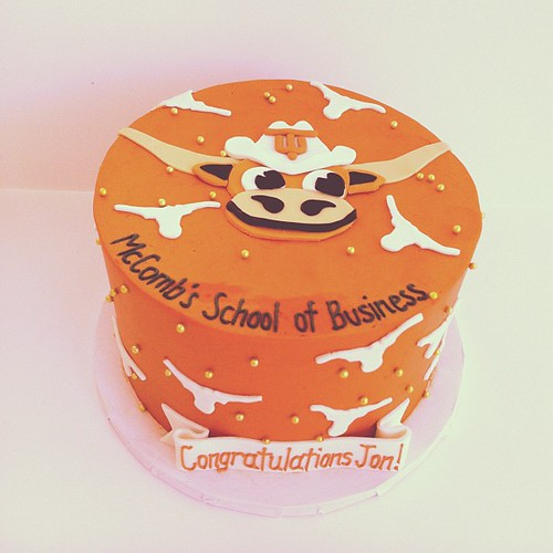 Longhorn graduation cake ! #austin #customcake