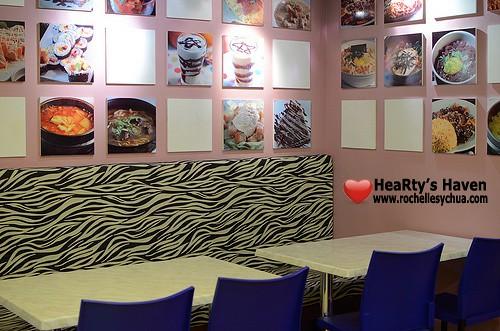 Cafe Monaco Ambiance