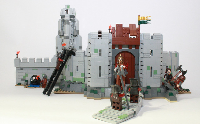 Picture of the full set, Battle of Helm's Deep