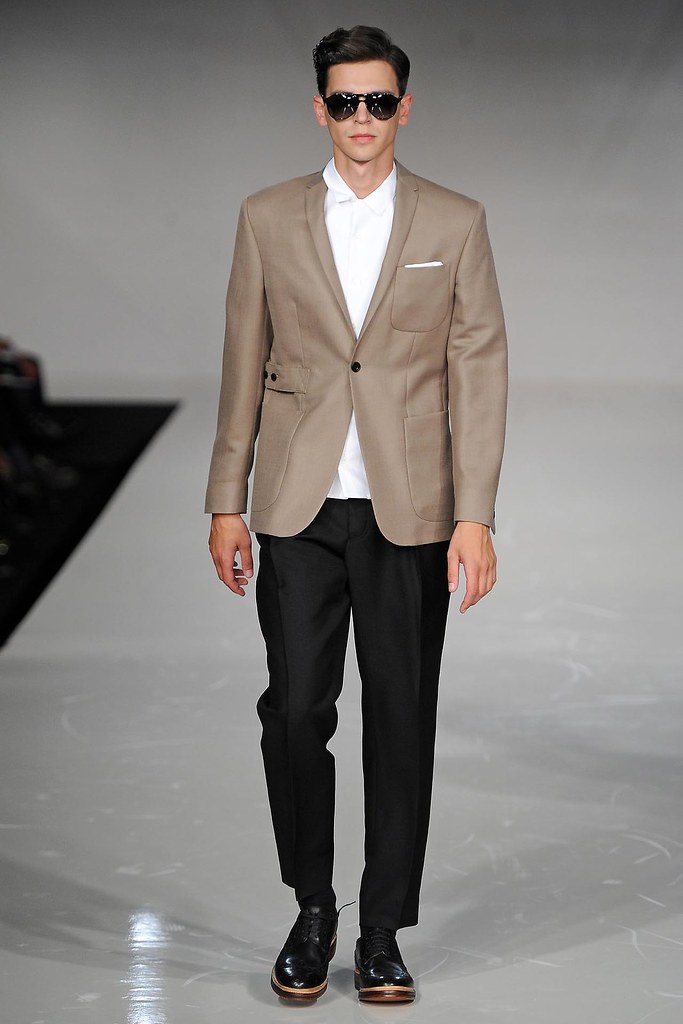 SS13 London Spencer Hart024(VOGUE)