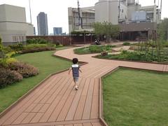 アトレ恵比寿の屋上にて (2012/6/24)
