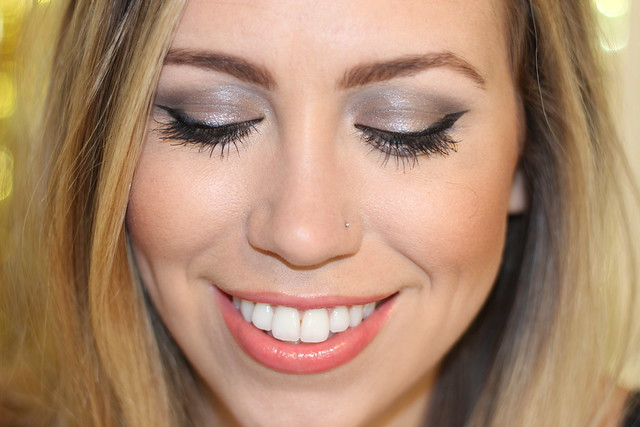 Retro Glam Makeup on #LivingAfterMidnite #MakeupMonday