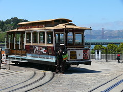 Cable Cars: Hyde St & Beach St (Fisherman's Wharf)