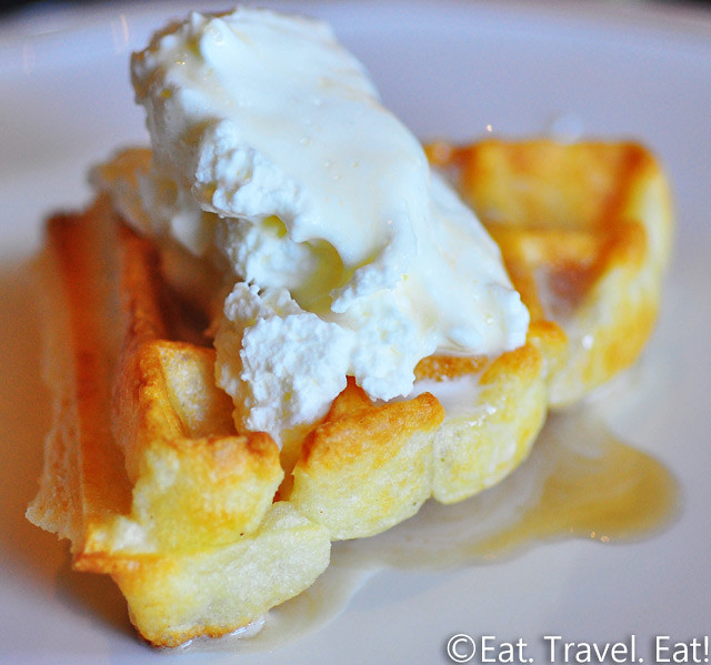 St Regis Monarch Beach- Dana Point, CA: Motif- Breakfast Buffet, Waffle Detail