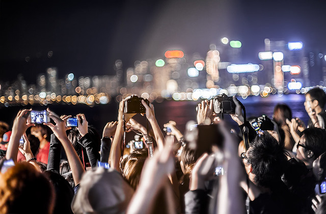 Hong Kong-fans-during a movie making