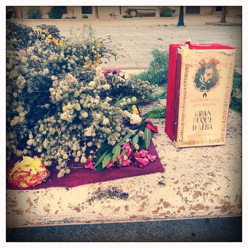 Flores Self-Service