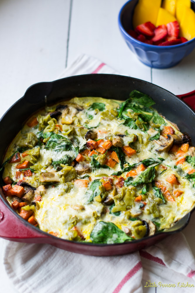 Loaded Veggie Fritatta with Sweet Potato and Hatch Chiles #BrunchWeek via LittleFerraroKitchen.com