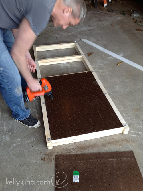 Panel assembly-pegboard-Dwight