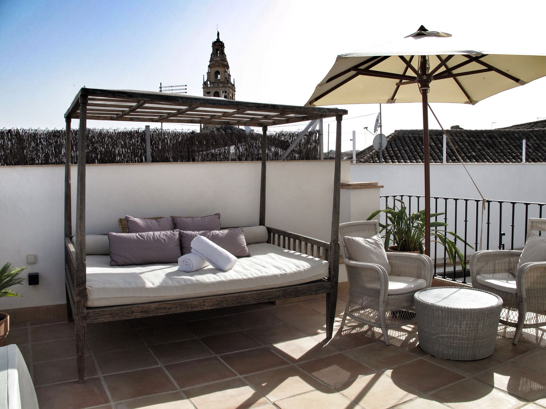 habitacion_balcon de cordoba_terraza_anahita_catedral