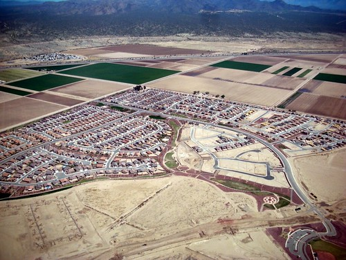 a subdivision in Arizona (by: Daniel Lobo, creative commons license)