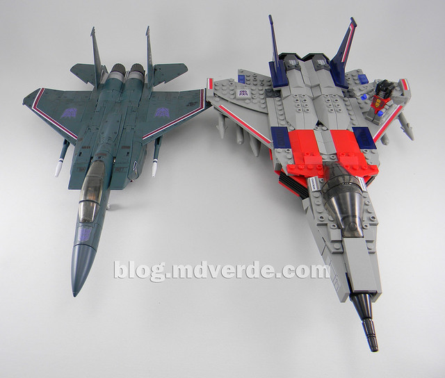 Transformers Starscream - Kre-O - modo alterno vs Masterpiece