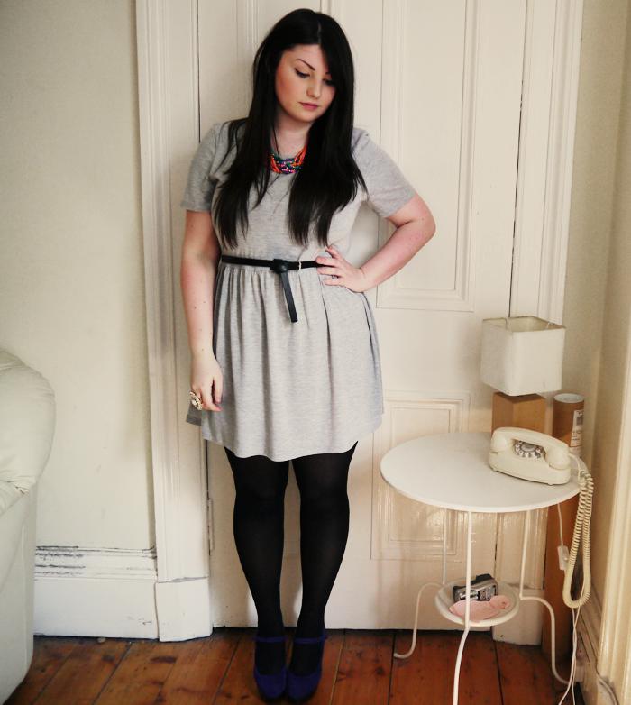 grey tshirt dress 1