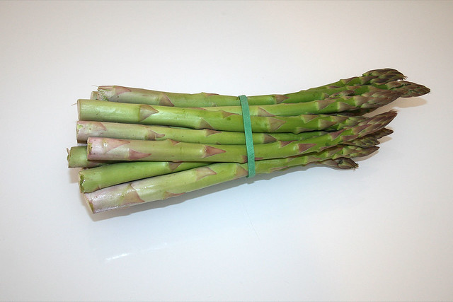 01 zutat gr ner spargel ingredient green asparagus flickr photo sharing. Black Bedroom Furniture Sets. Home Design Ideas
