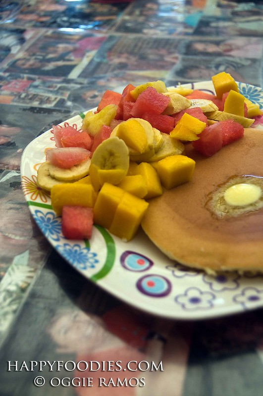 Real Coffee Pancake with Fruits