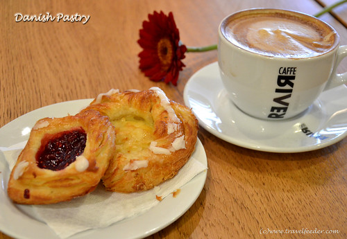 Top food to try in Copenhagen -Danish_Pastry1