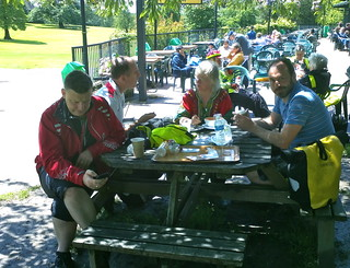 lunch in Golders Hill Park