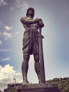 Image of  Lapu-Lapu. park statue rizal lapulapu luneta