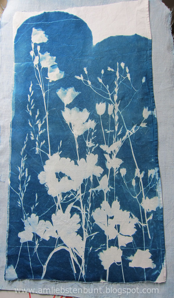 cyanotype_on_fabric_by_Kristina_Schaper_4850.jpg