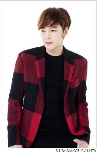 [Pics-1] JKS in Japanese magazines or websites for 'Beautiful Man (Bel Ami)' promotion 14328572022_4319c7c21e_z