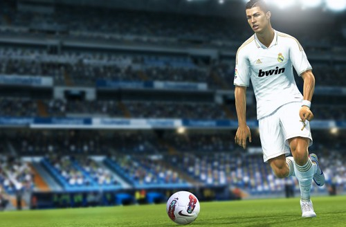 PES 2013 Controls Guide - How To Customize PC and Controller
