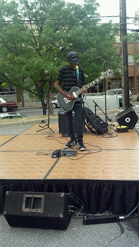 Izzy Lemons kicks things off at Taste the World in Fenton Village
