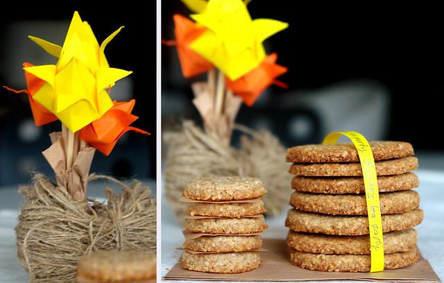 7087127341 db01cbb8a8 z Biscuiti digestivi   Homemade Digestive Biscuits