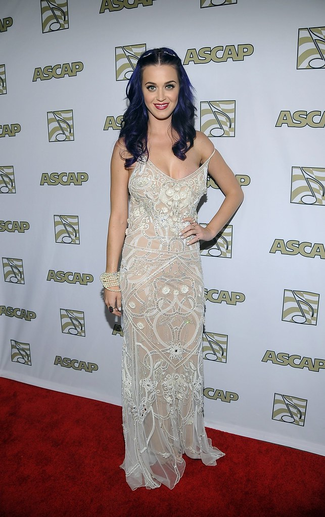 katy-perry-celebutopia-CD041808