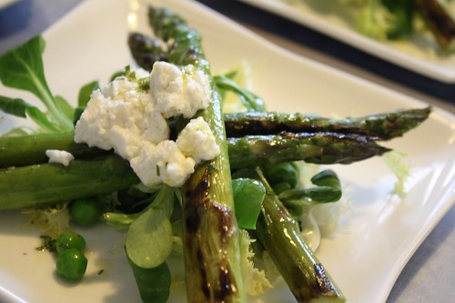 Salad of griddled asparagus with fresh peas, mache and local goats curd