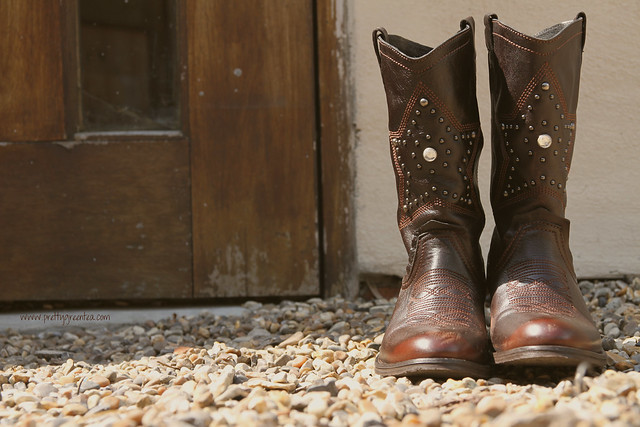 Prettygreentea cowboy boots