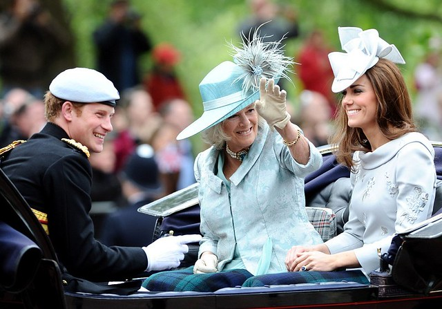 Kate+Middleton+Trooping+Colour+2012+fg4RHnneuPEx