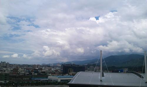 Skyline - 20120622 by 我是歐嚕嚕 (I'm Olulu...)