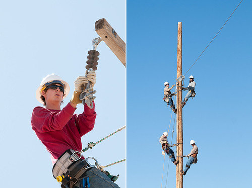 lineman_working4