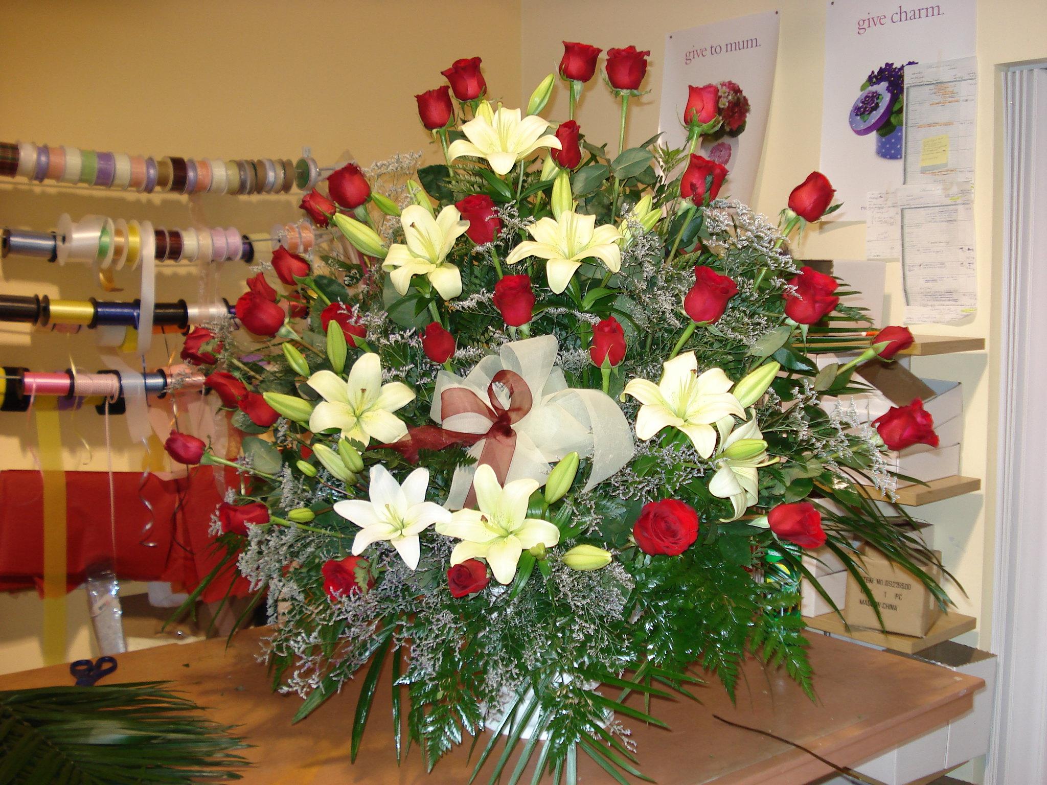 Farah Florist F-FB-10.   $200
