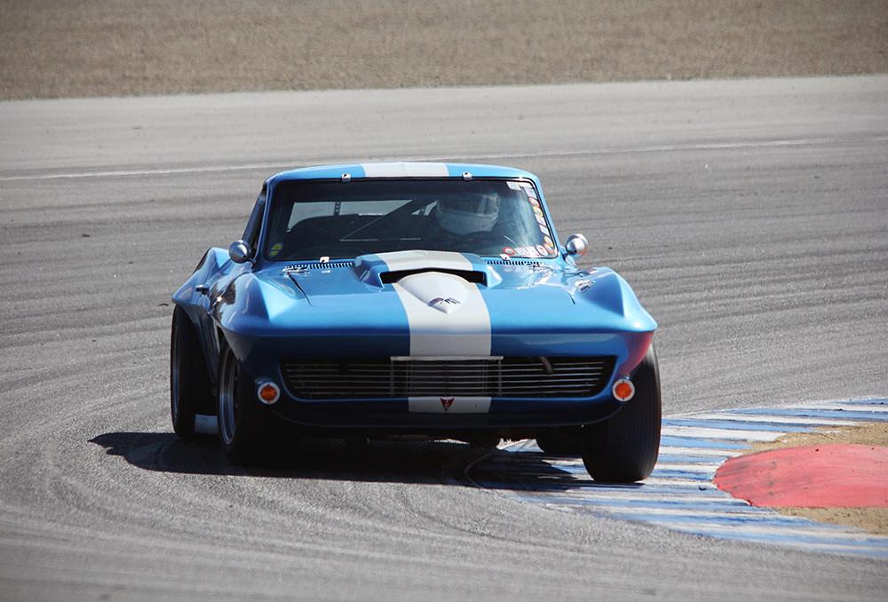 1966 Chevrolet Corvette | 1966 Chevrolet Corvette racing in … | Flickr