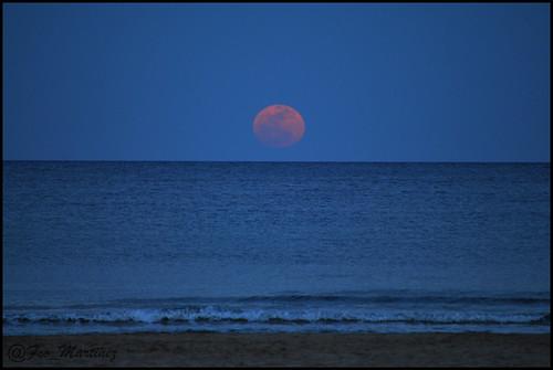 Amanecer de la luna