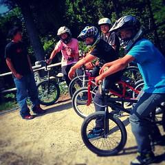 高知のポキール団が来ました。団長はオレンジ貫通!#bmx #trails