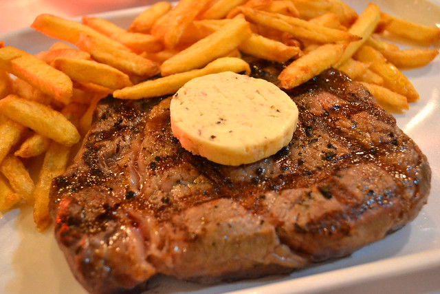 Rib Eye Steak, Les Bouchon
