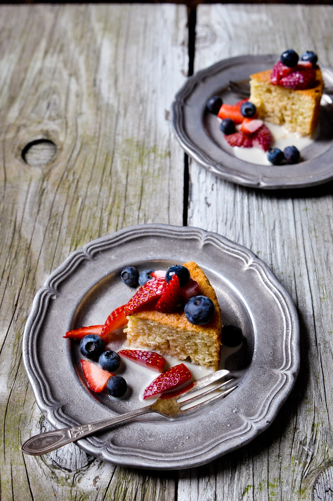 Milk Cake with Berries