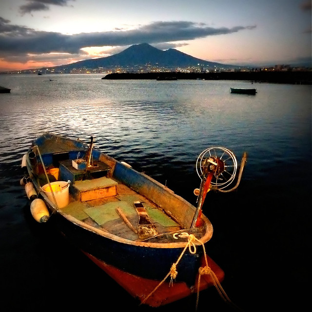 Vesuvio and the fishing boat