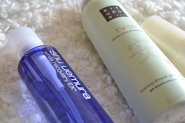 daisybutter - UK Fashion and Style Blog: beauty, review, shu uemura white recovery ex+, beauty cleansing oil, rituals tai chi shower foam