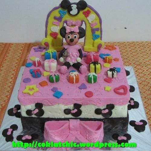 Kue ulang tahun dengan tema Cake Minnie Mouse model ini mulai dari ...