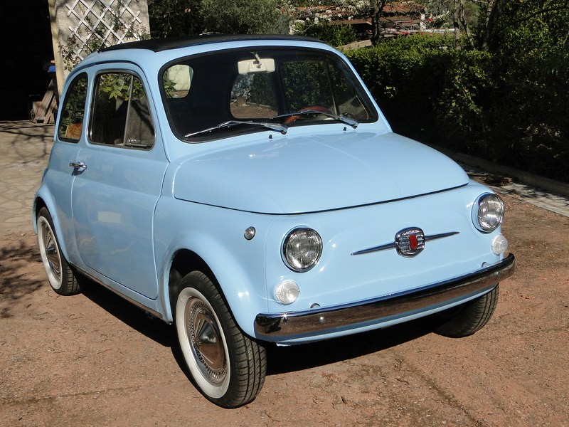 louez une fiat 500 f bleue de 1972 mariez vous en fiat 500. Black Bedroom Furniture Sets. Home Design Ideas