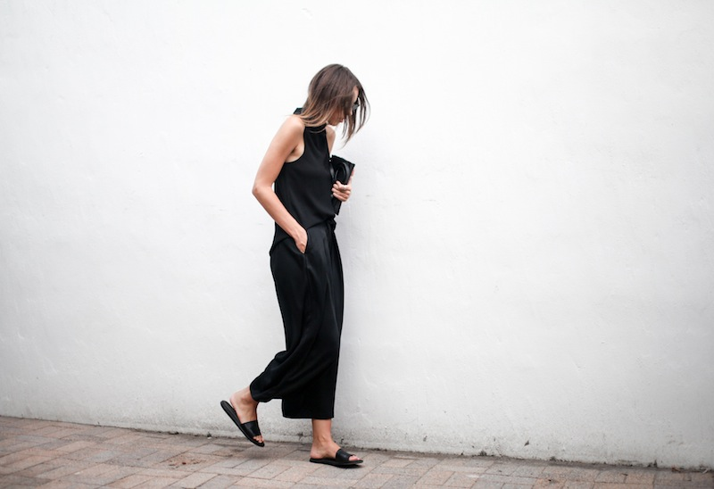 modern legacy blog street style culottes crop wide leg pants Camilla and Marc high neck assent funnel top all black outfit Alexander Wang bag Prisma envelope clutch slide sandals spring summer (8 of 16)