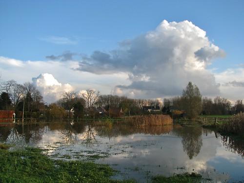 reflection landscape belgium belgique belgië natuur wolken nuages bel aaa cloudscapes landschap flanders belgien wolk bélgica reflectie vlaanderen flandern hofstade belgia flandre flandes eastflanders thegalaxy ベルギー flemishregion canons5 wolkformatie wolkformaties