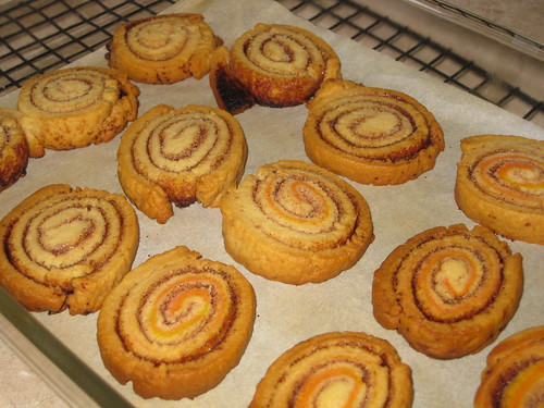 cinnamon swirl cookies from leftover pie crust