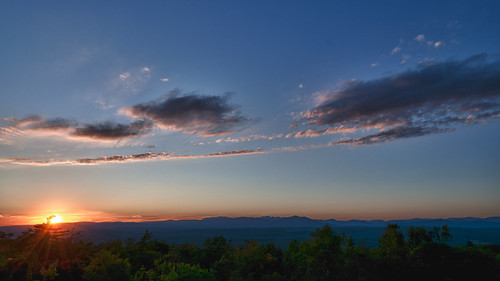 trees sunset sky usa newyork clouds nikon hdr ulster d300 mohonkmountainhouse hdrefexpro