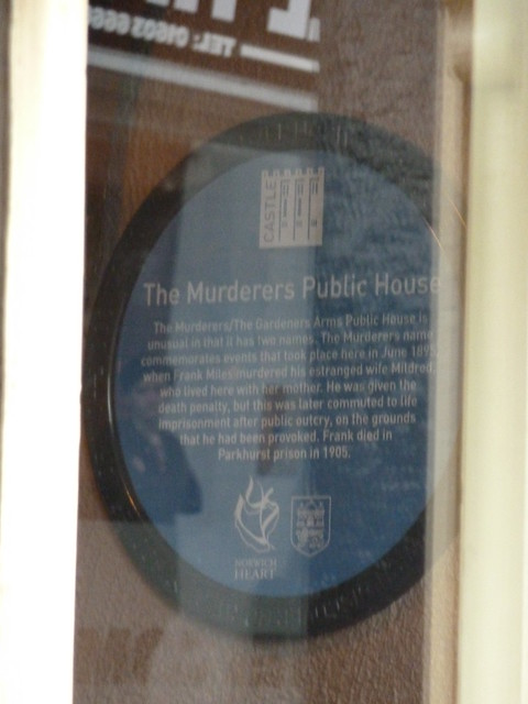 Photo of Frank Miles, Mildred Miles, and The Murderers, Norwich blue plaque