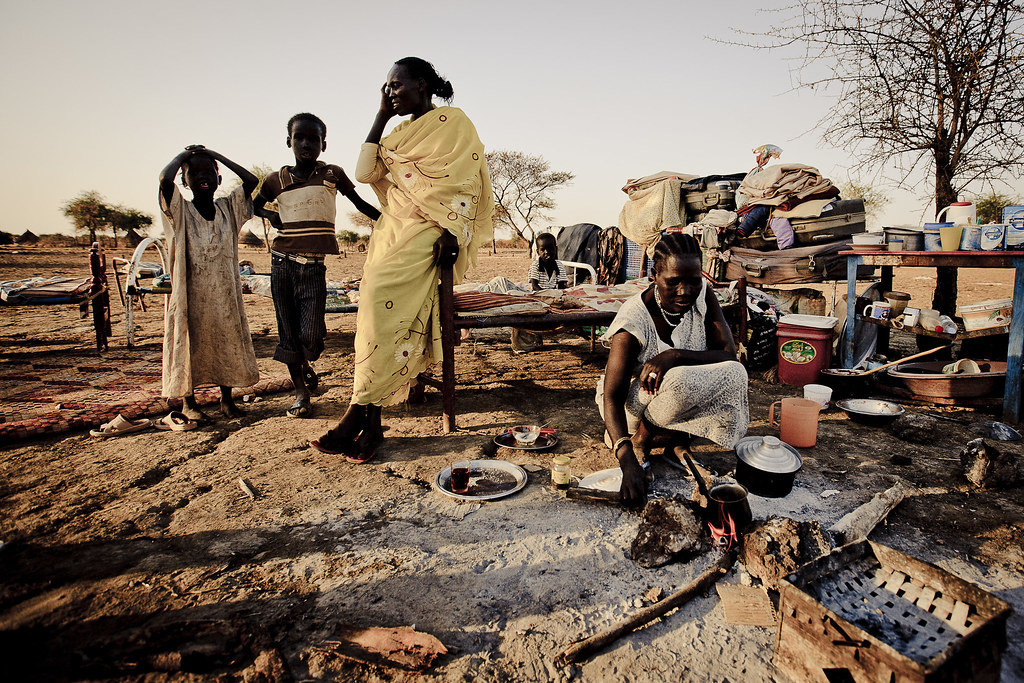 Returnees on the outskirts of Abyei