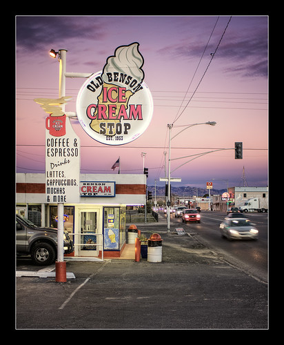 arizona ice shop canon twilight nikon 28mm cream stop americana nik roadside benson hdr softserve photomatix arizonapassages t1i oldbensonicecreamstop