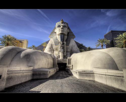 sphinx architecture canon hotel lasvegas nevada sigma egyptian nik 1020mm luxor hdr photomatix t1i bugeyedg